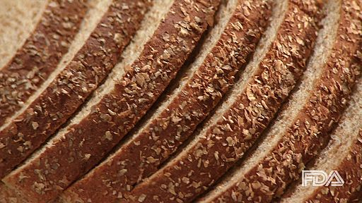 wholemeal bread slices